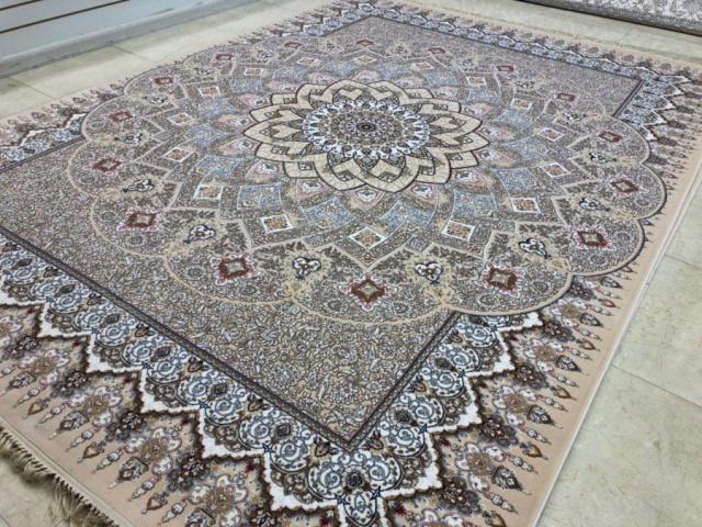 قیمت فرش 700 شانه کاشان چقدر است؟